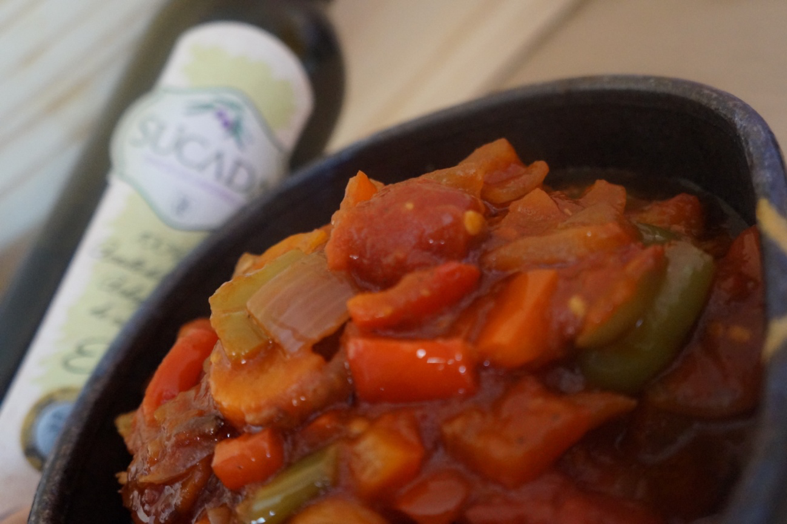Aceite de Oliva Virgen Extra Ecológico Sucada. Receta para pisto de verduras